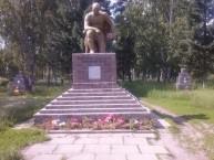 Памятники погибшим воинам.JPG